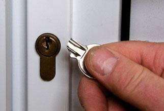Broken Key Removal